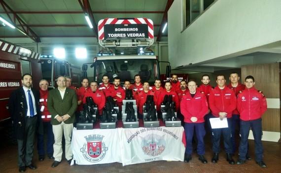 entrega-epi-bombeiros-voluntarios-tv_w1024-h768
